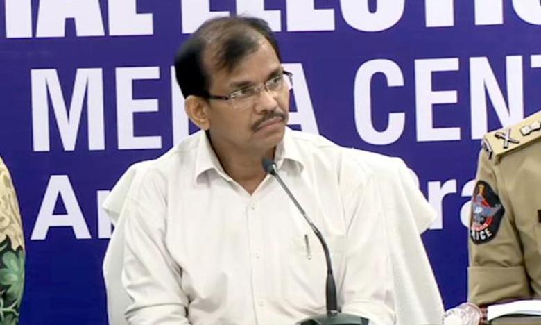 AP CEO Dwivedi Directs Official on Counting of Votes, ఏపీలో 34చోట్ల 55కేంద్రాల్లో కౌంటింగ్