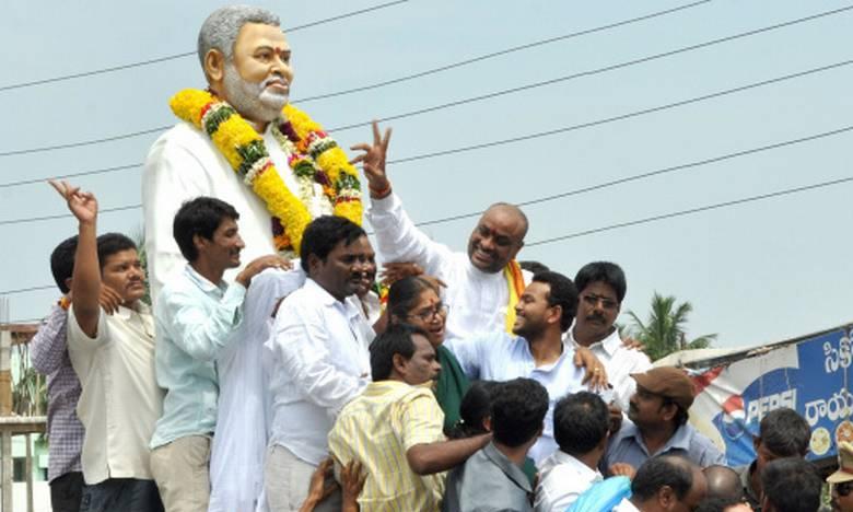 Kinjarapu Family in the Elections 2019, జగన్ స్వింగ్లోనూ వాళ్లే కింగ్స్..ఎర్రన్నాయుడు చలవే అంటారా?