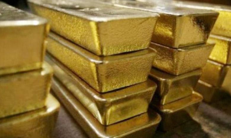 Are these behind gold smuggling in Tamilnadu, భారీగా బంగారం స్మగ్లింగ్.. తెరవెనుక సూత్రధారులు వీరేనా..?