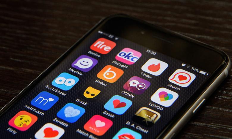 Are Online Dating Apps Safe?, డేటింగ్ యాప్స్తో డేంజర్..!