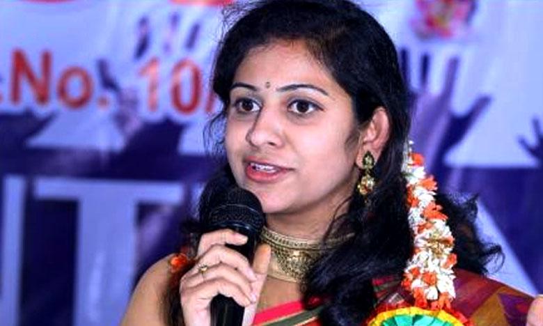 Sadhineni Yamini, నాపేరుతో ఫేక్ అకౌంట్లు.. యామిని ఫైర్