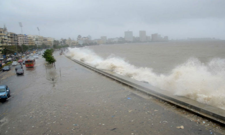 Monsoon 2019: Mumbai Rains, తుఫాను ప్రభావం: ముంబైలో 48 గంటల పాటు హై అలర్ట్