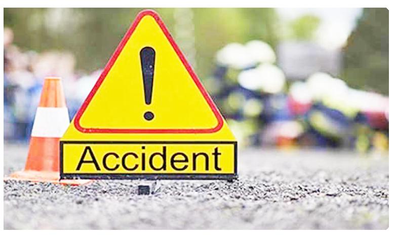 Lorry hits auto in mahabubnagar kothapalli 14 killed, మహబూబ్నగర్లో ఘోర ప్రమాదం..ఆటోను ఢీకొన్న లారీ.. 14 మంది మృతి