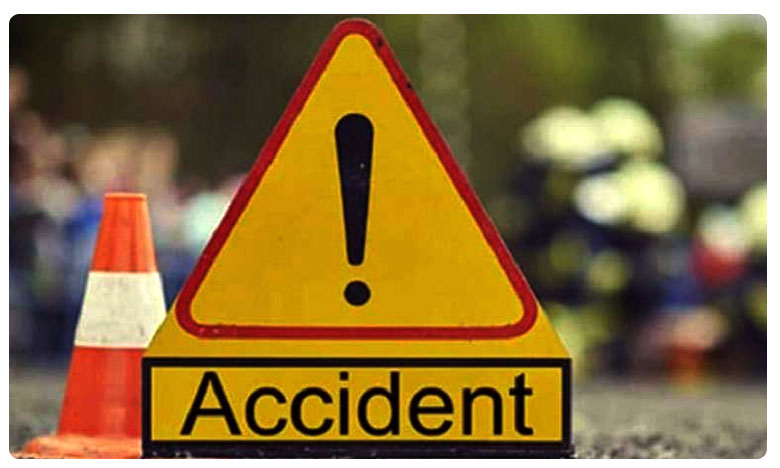 24 Killed In Bus Accident In Pakistan