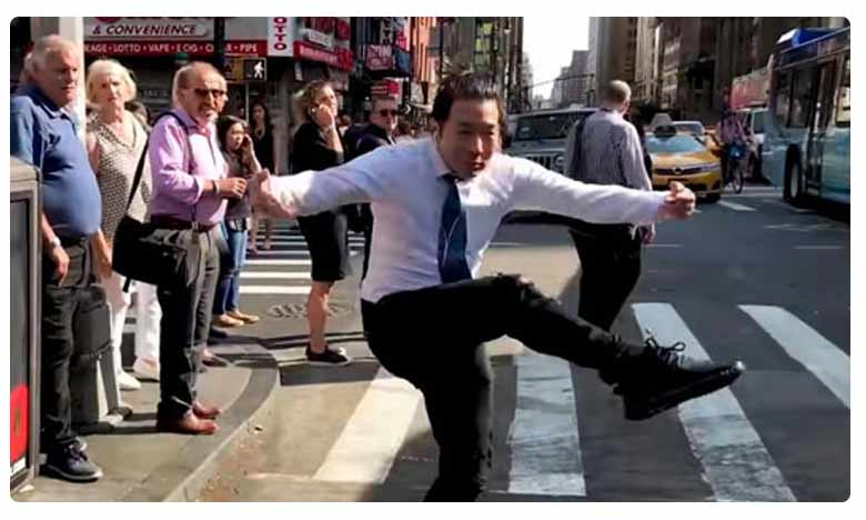Anand Mahindra goes all ROFL at this comedian dancing on Bollywood songs in New York