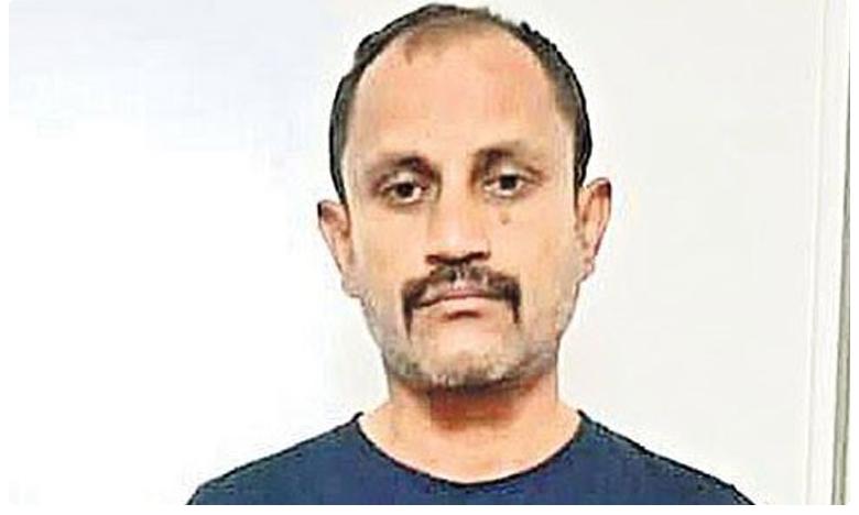 Cheater Thota balajinaidu arrest by Telangan police, మరోసారి పోలీసుల అదుపులో బాలాజీ