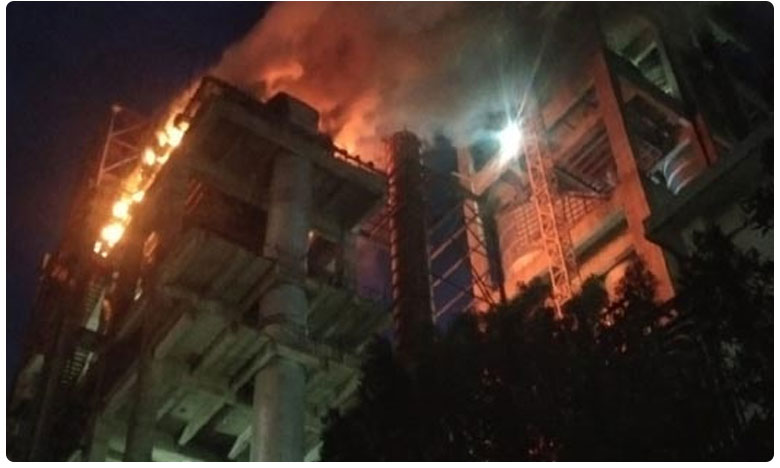 fire accident in penna cement factory in ananthpur district