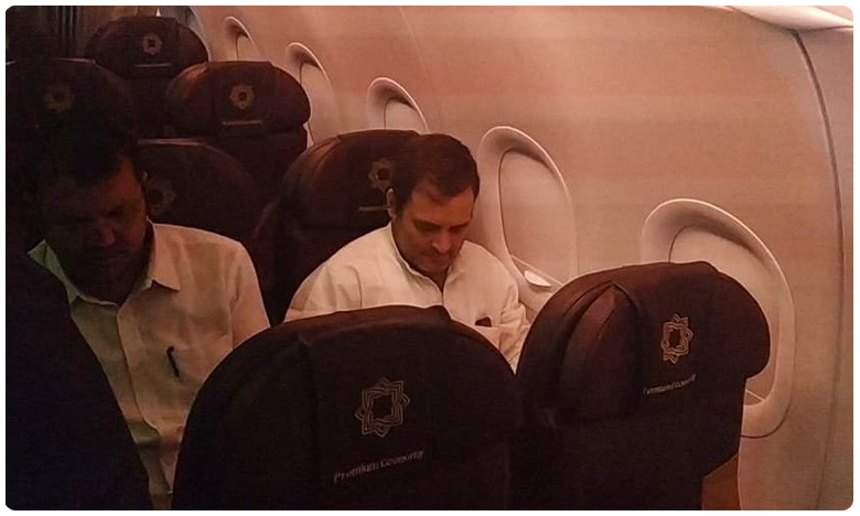 kashmiri woman narrates her ordeal to rahul gandhi on flight