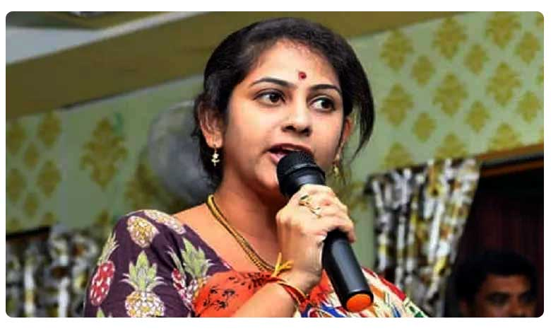 No party change says TDP spokes person Sadineni Yamini, పార్టీ మారేది లేదు టీవీ9తో సాధినేని యామిని