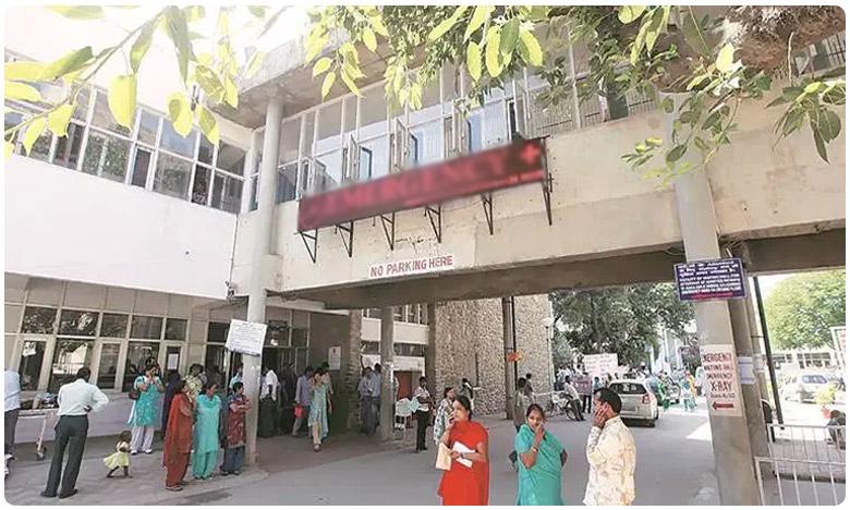 Man Commits Suicide With Death of His Wife in Chittoor District, భార్య హఠాన్మరణం.. భర్త ఏం చేశాడో తెలుసా..?