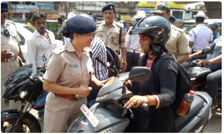 Transport offices in Odisha to remain open on holidays to help motorists prepare documents, మూడు నెలలపాటు చలాన్లు లేవు.. ఎక్కడో తెలుసా?