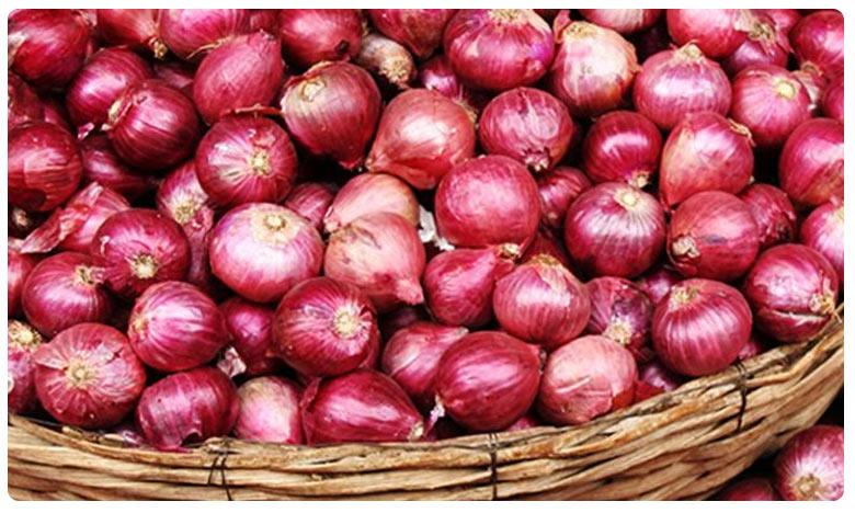 Common man suffering with Onions price hike, ఘాటెక్కుతున్న ఉల్లిగడ్డ.. ఆకాశాన్నంటుతున్న ధరలు.. ప్రభుత్వాలు ఏం చేస్తున్నాయి?