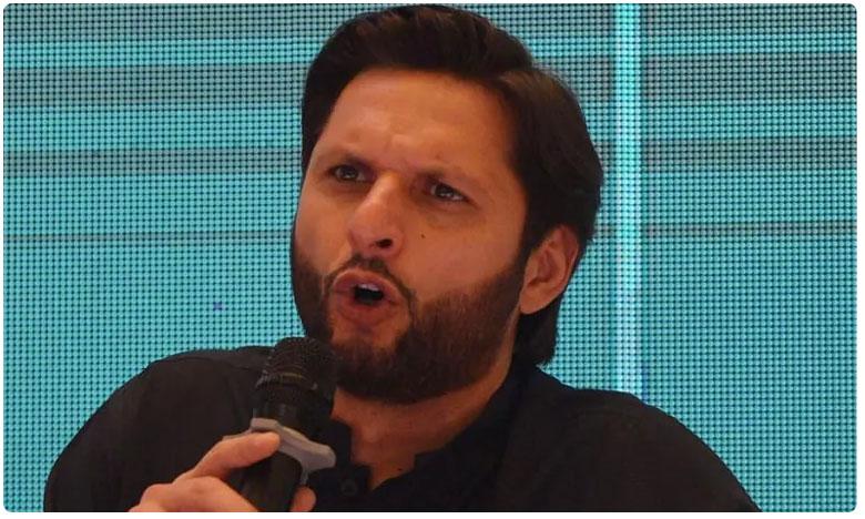 Shahid Afridi has blamed IPL for Sri Lanka players, పాక్ టూర్కు లంకేయన్ల వెనుకంజ.. దానికి కారణం మన ఐపీఎల్ అంటా..!