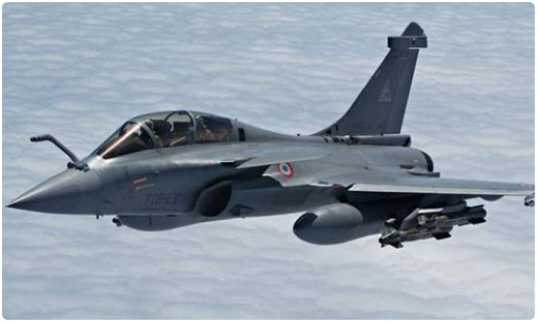 IAF receives first Rafale combat aircraft in France, భారత వాయుసేన చేతికి రాఫెల్ వచ్చిందోచ్..!