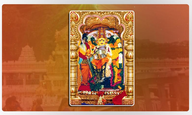 Navratri 2019 : Goddess Kanaka Durga decorated as Annapurna Devi, అన్నపూర్ణాదేవిగా భక్తులకు దర్శనమిస్తున్న దుర్గమ్మ