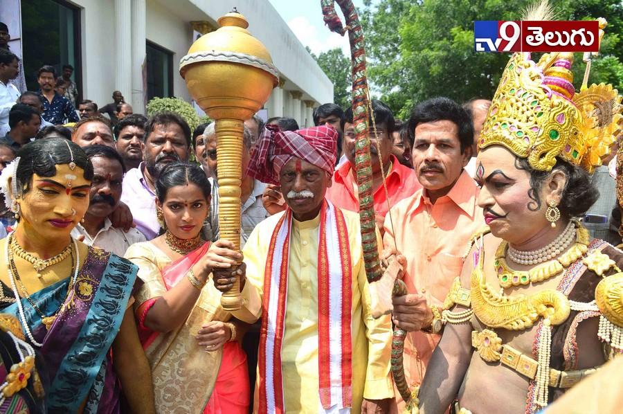 Alai Balai Jal Vihar Necklace Road 10, నెక్లెస్ రోడ్ జల్ విహార్లో సందడి గా 'అలయ్-బలయ్'