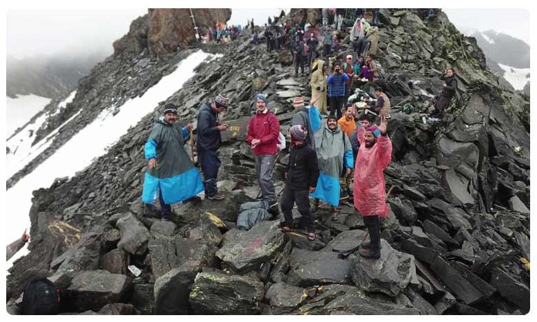 Shrikhand Mahadev Yatra Himachal Pradesh Travel Guide and How to Reach, 18,570 అడుగుల ఎత్తులో… 72 అడుగుల శివలింగం… శ్రీఖండ్ మహదేవ్!