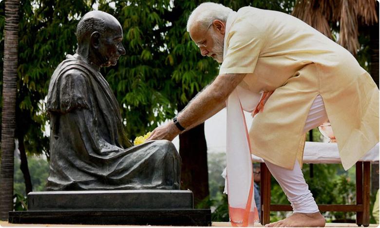 On Mahatma Gandhi's 150th Birth Anniversary Today.. PM Modi to Declare India Open Defecation-free, దేశవ్యాప్తంగా మహాత్ముడి జన్మదిన వేడుకలు.. సబర్మతిలో మోదీ