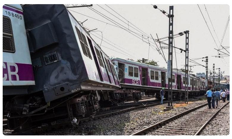 Kachiguda Train Accident due to Driver Irresponsibility, ఒకే ట్రాక్పై రెండు రైళ్ల ఢీ.. మానవ తప్పిదమేనంటున్న అధికారులు!