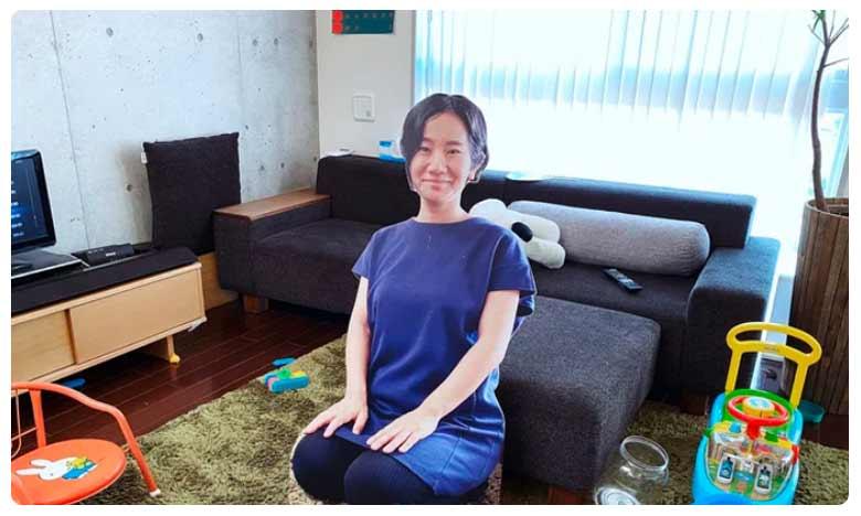 Japanese mother puts life-size cutouts of herself, ఆ తల్లి ఆలోచన నిజంగా అద్భుతం!