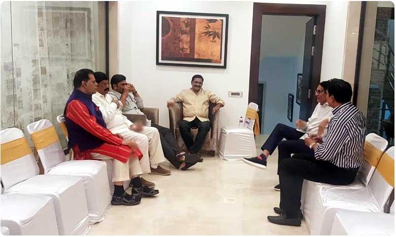 ganta met ycp leaders, గంటా గారి మాటలు వేరు..చేతలు వేరు.. ఇదే ప్రూఫ్