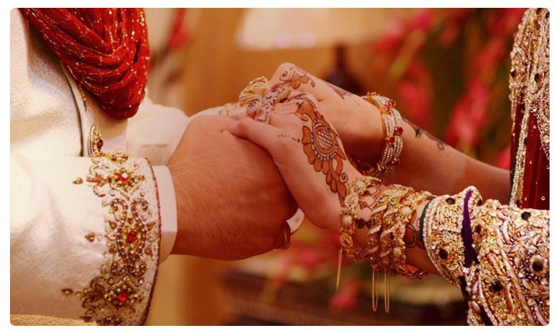 Allu Arjun Pushpa movie, AA20: రికార్డు క్రియేట్ చేసిన 'పుష్ప' ఫస్ట్లుక్