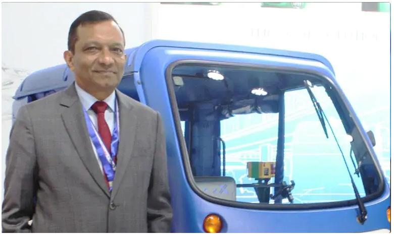 One Indian weighing 70 kg uses 1500-kg car, ఒక్కరు ప్రయాణించడానికి.. అంత పెద్ద కార్లు అవసరమా?
