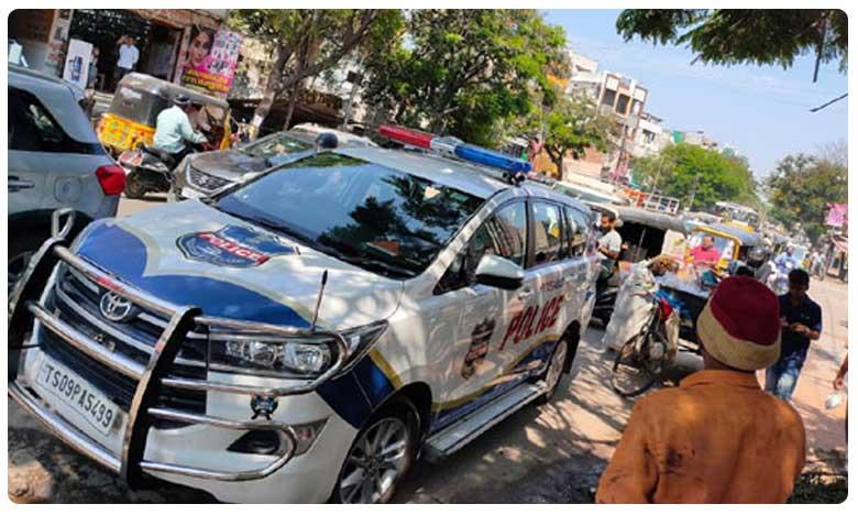 Traffic Violation Rules, Traffic Violation: సామాన్యుడి ట్వీట్తో.. పోలీస్ వాహనానికే..