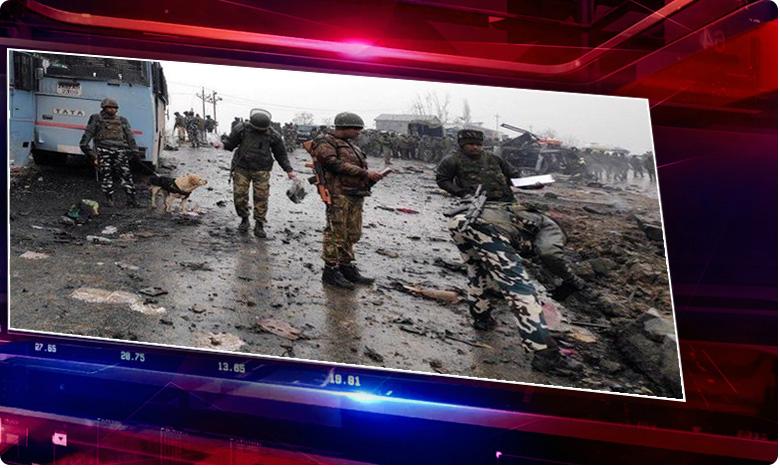 pulwama attack.. man who bought chemicals to make bomb arrest, పుల్వామా ఘటన.. ఆ ముఠాలో మరో ఇద్దరి అరెస్ట్.. అంతా జైషే మద్దతుదారులే !