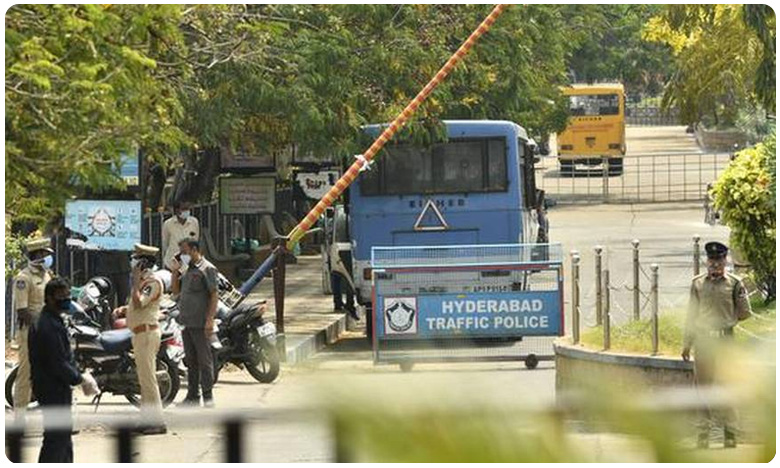 A day after attack security beefed up at Gandhi Hospital, 200 మంది పోలీసులతో గాంధీ ఆస్పత్రి వద్ద భారీ బందోబస్తు..