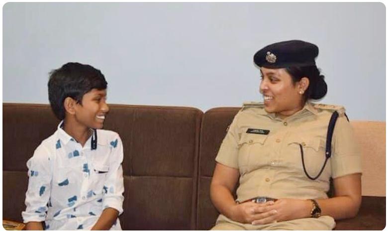 TS Lockdown: Wanaparthy SP Suspends Constable Who Beats a Man in frontof his Son, వనపర్తి కానిస్టేబుల్ సస్పెండ్.. బాధితుడి ఇంటికి వెళ్లిన ఎస్పీ