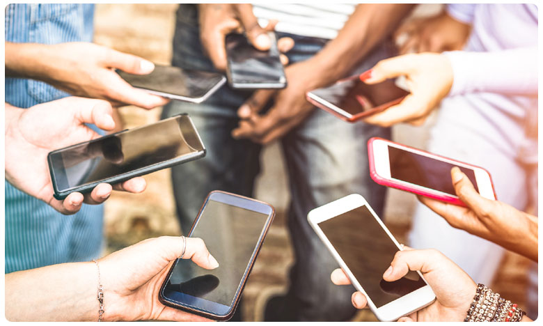 Free Smart Phones For AP Gurukulam Students, గుడ్ న్యూస్.. ఏపీలో విద్యార్ధులకు ఫ్రీగా స్మార్ట్ ఫోన్స్..