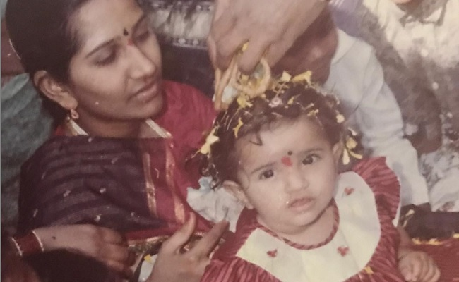 Dil Raju Daughter Hanshitha Reddy Emotional Post about her Mother, దిల్ రాజు కుమార్తె ఎమోషనల్ పోస్ట్.. 'ఐ మిస్ యూ అమ్మా'..