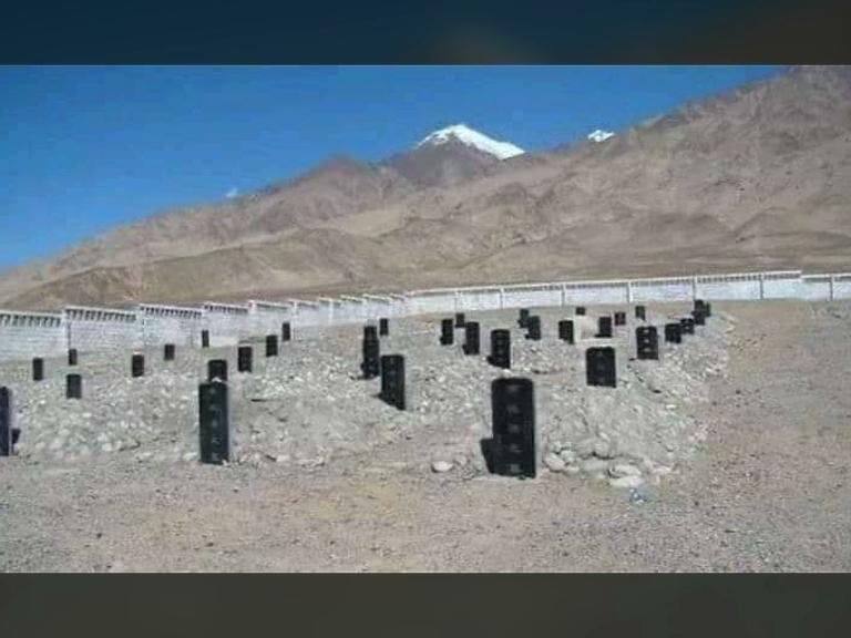 Grave yards of Chinese soldiers who emerged in the Galvan Valley, మనోళ్ల వీరోచిత పోరాటానికి సమాధులే సాక్ష్యం !
