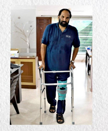 Telangana Congress Chief Uttam Kumar Reddy Leg Injured, ఉత్తమ్ కుమార్ రెడ్డి మోకాలికి తీవ్ర గాయం..