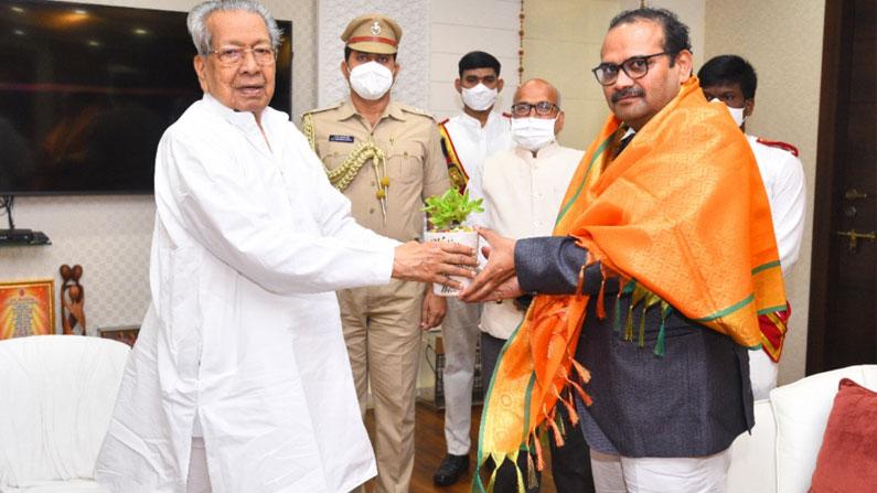 cs gov 3 Andhra Pradesh Chief Minister Adityanath Das meets Governor Bishwabhushan Harichandan - Andhra pradesh new CS adityanath das meets governor biswabhusan harichandan