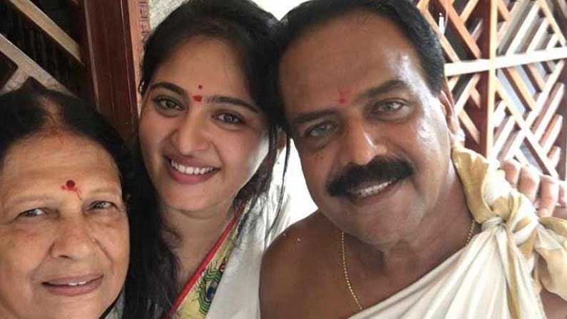 Anushka Parents Anushka Shetty Tollywood Actress: Beauty for beauty, performance for performance .. hence the pinnacle of cinema