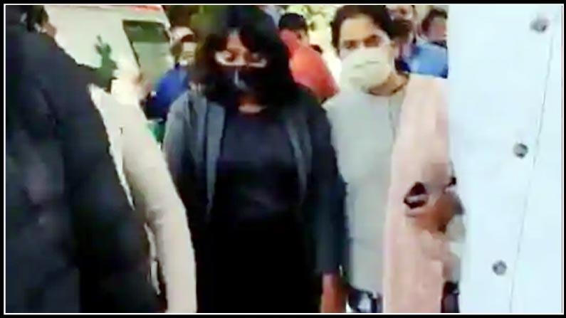 invistgation,court notice to news channels on activist disharavi's plea, delhi, climate activist disharavi, delhi highcourt, tv channels, police investigation, leak